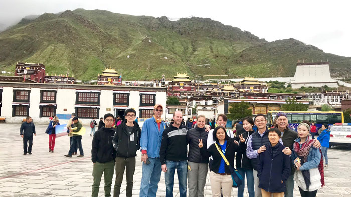 visit Tibet with required documents