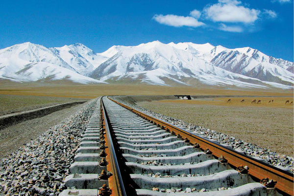 Travel to Lhasa from Shanghai by train
