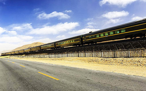 Riding on the Tibet Train: Travel along the Roof of the World to Enjoy the Best Scenery