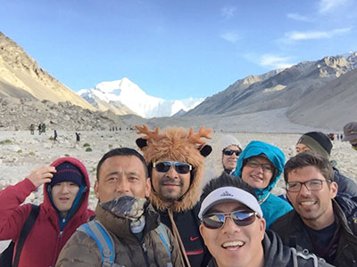 10 Days Shanghai-Lhasa-Everest Base Camp Tour by Train