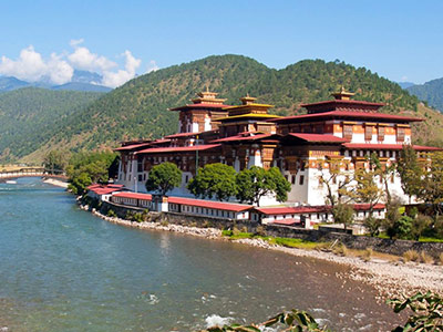15 Day Epic Bhutan Nepal Tibet Tour across Himalayan Mountains