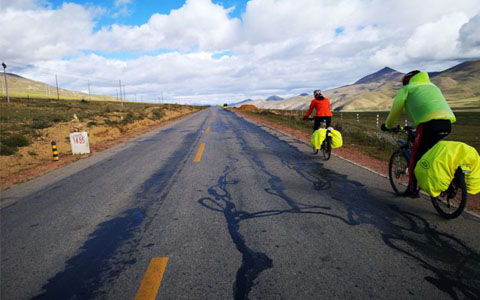 21 Days Cycling Tour from Tibet to Shangrila Yunnan