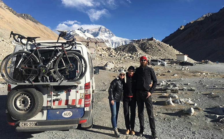 Enjoy a Tibet Bike Tour to Everest Base Camp with Us