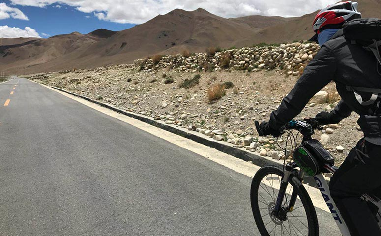 Start Your Tibet Bike Holiday from Lhasa