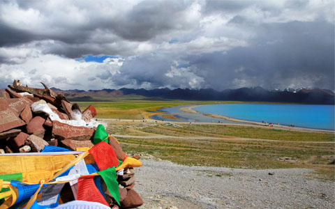 17 Days Scenic Tour of Tibet and Nepal with Namtso