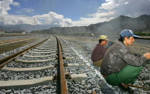 Lhasa-Nyingchi Railway to be Launched within the Year