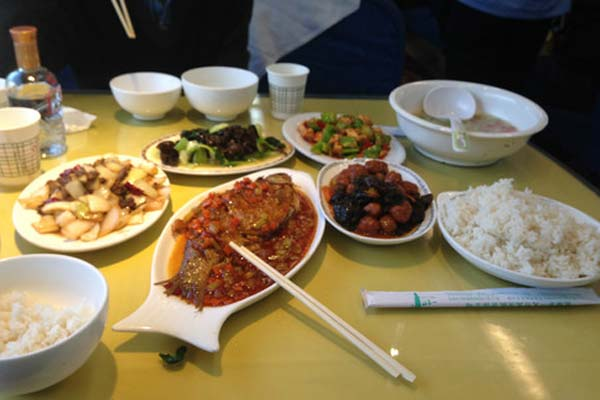 Chinese meals offered on Tibet Trains