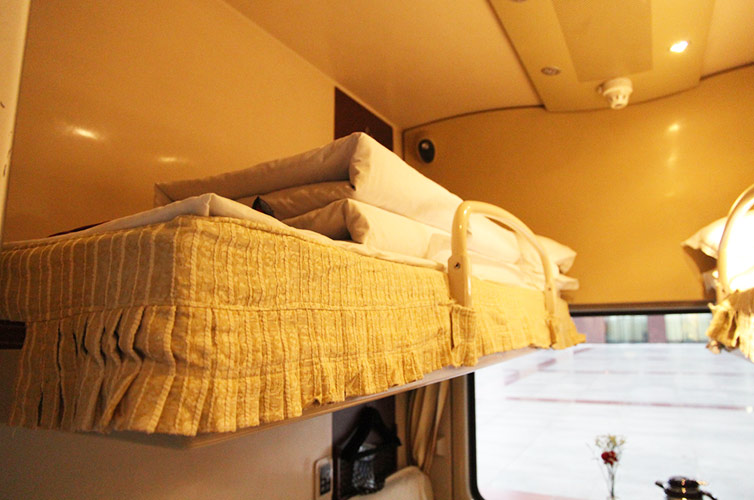 the upper berth in soft sleeper cabin