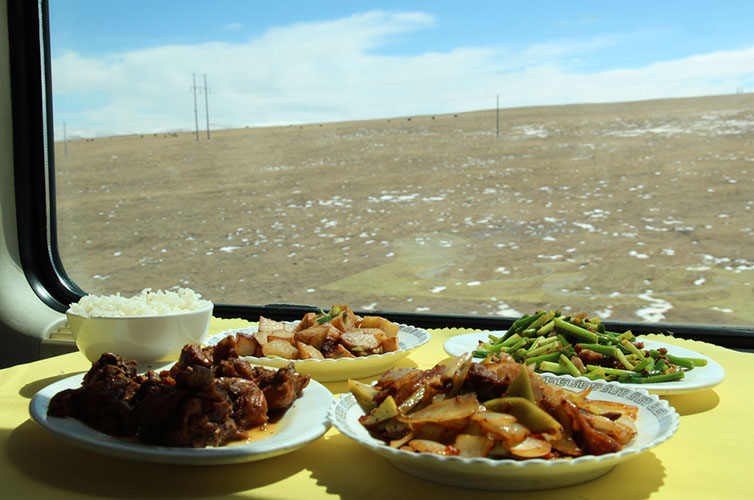 Dishes served in dinning car