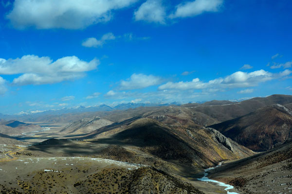 Highway from Sichuan to Tibet