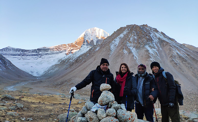 Get to see the great summit of Mount Kailash during our trekking.
