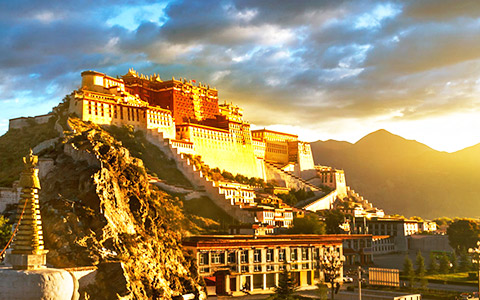 When is the Best Time to Visit Lhasa City