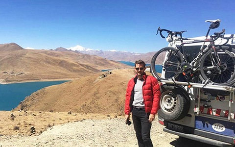 Cycling from Tibet to Nepal: the Ultimate Guide to a Lhasa-Kathmandu Bike tour on the Roof of the World