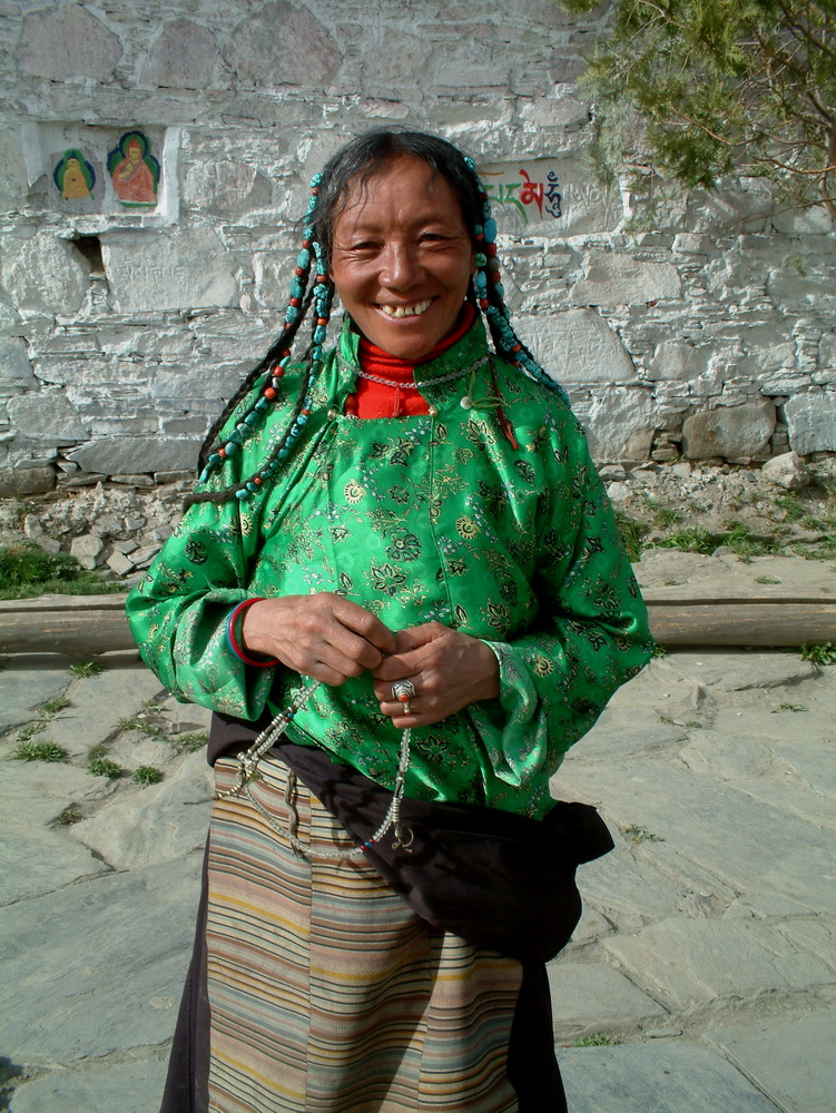 Changes in Women's Status in Tibet