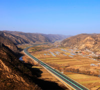 First Highway Begins to be Constructed in Sichuan Tibetan Area