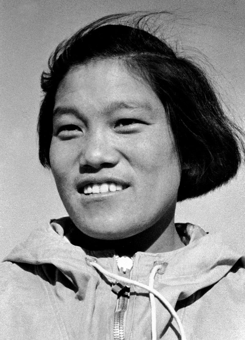 First Woman Qomolangma Mountaineer Passes Away